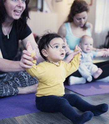 Jóga pro rodiče s dětmi